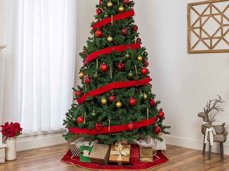 Top 10 Best Artificial Christmas Tree in 2021 Review